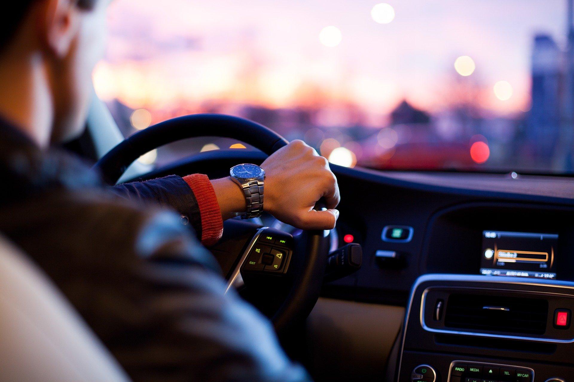 カーリースで後悔しないために実践すべき5つのこと!車種・サービスの選び方を伝授
